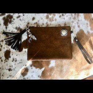 Wristlet bag, cowhide , 12 gage concho